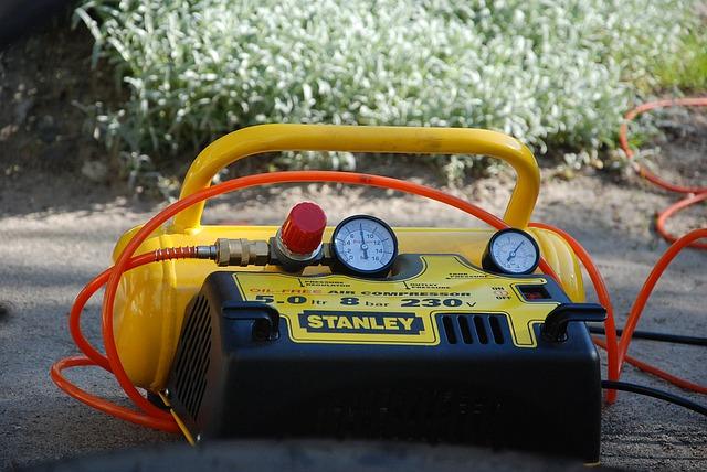 compresor de aire portatil amarillo